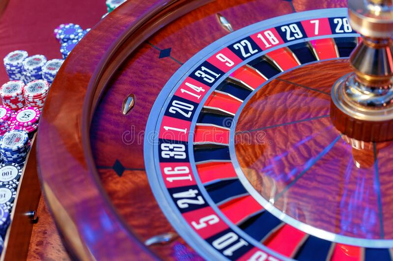 Six Guidelines About Casino Meant To Be Broken